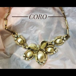 Coro vintage Adjustable up to 16in choker necklace
